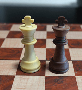 Chess Lovers Only - Chess pieces